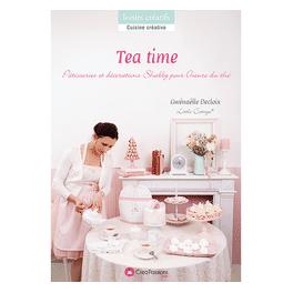 TEA TIME Pâtisseries et décorations Shabby pour l'heure du thé